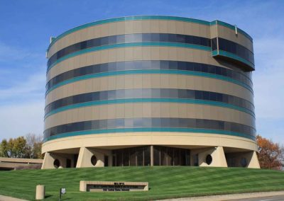 Omaha-Commercial-Window-Cleaning-4